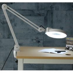 Lupa grande con lampara